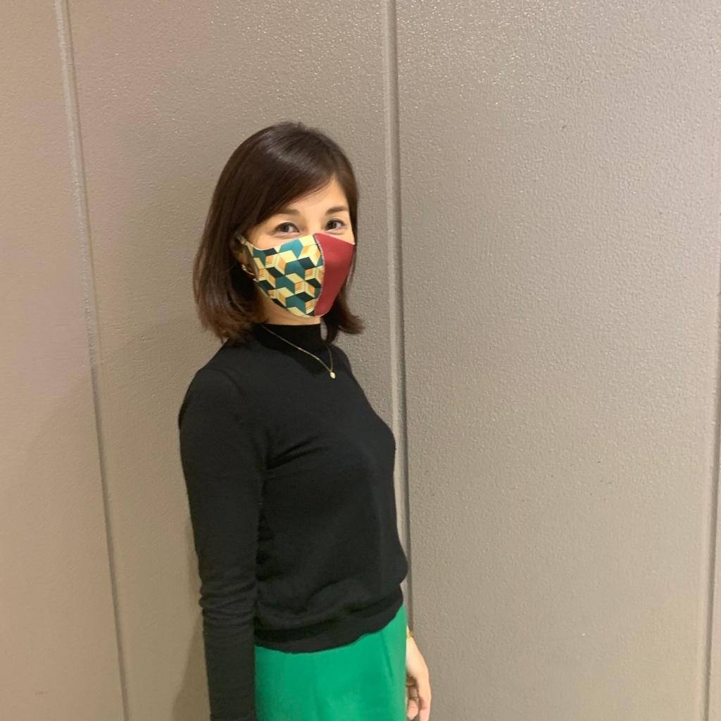 家族揃って鬼滅ブームです。私は富岡さんが好きなので、富岡さんマスクを。
