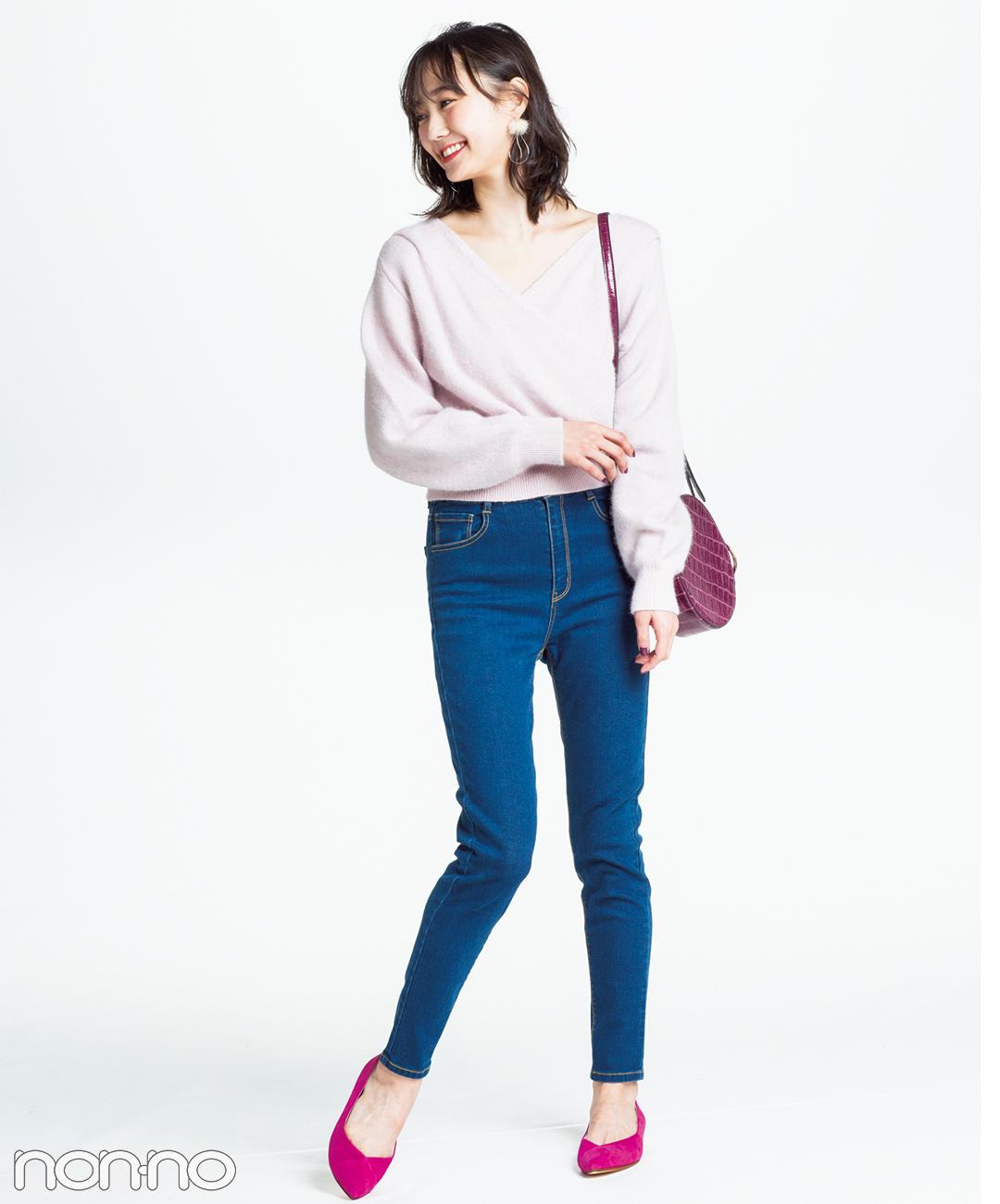 【ピンクパンプスコーデ】スキニー以外を淡い暖色でまとめればメリハリも♡