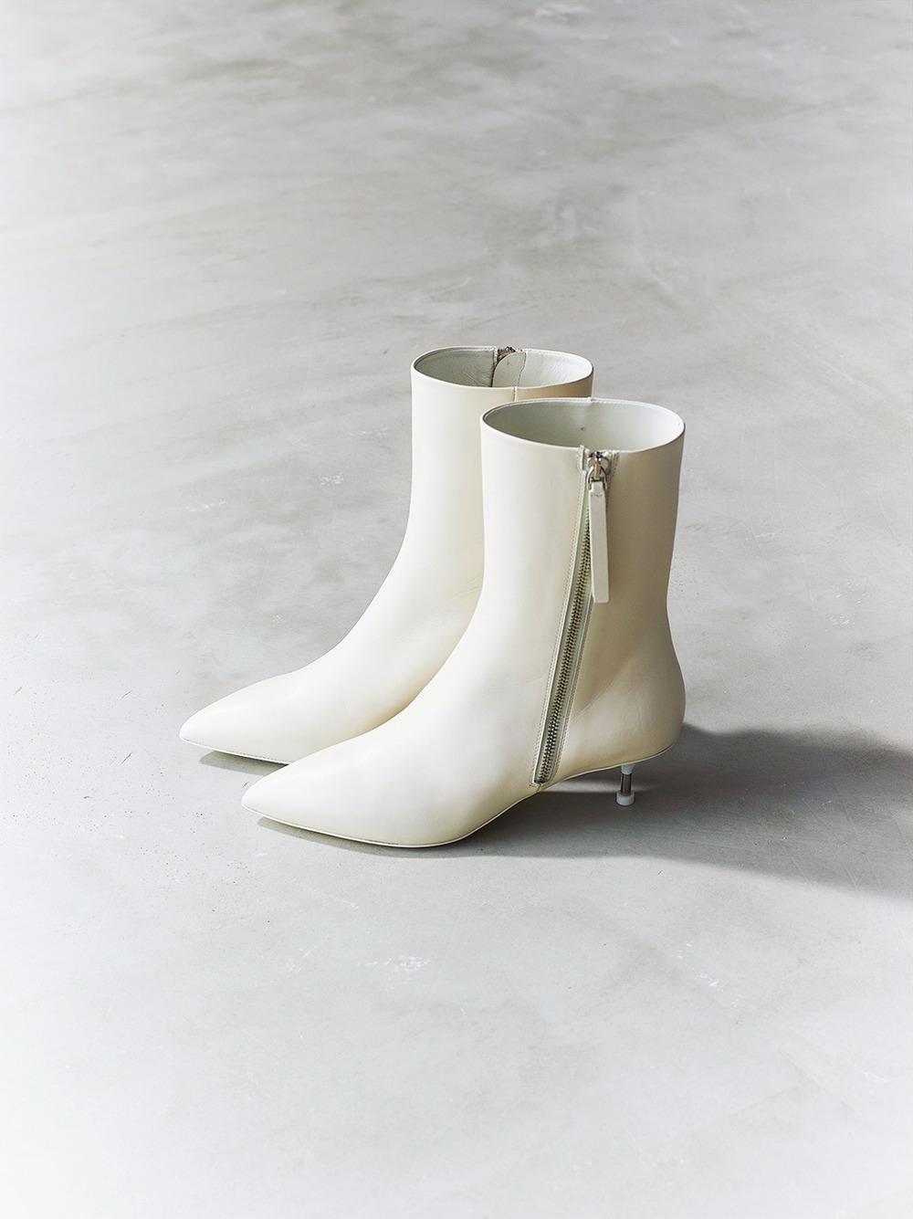 ファッション ジルサンダーの白ブーツ