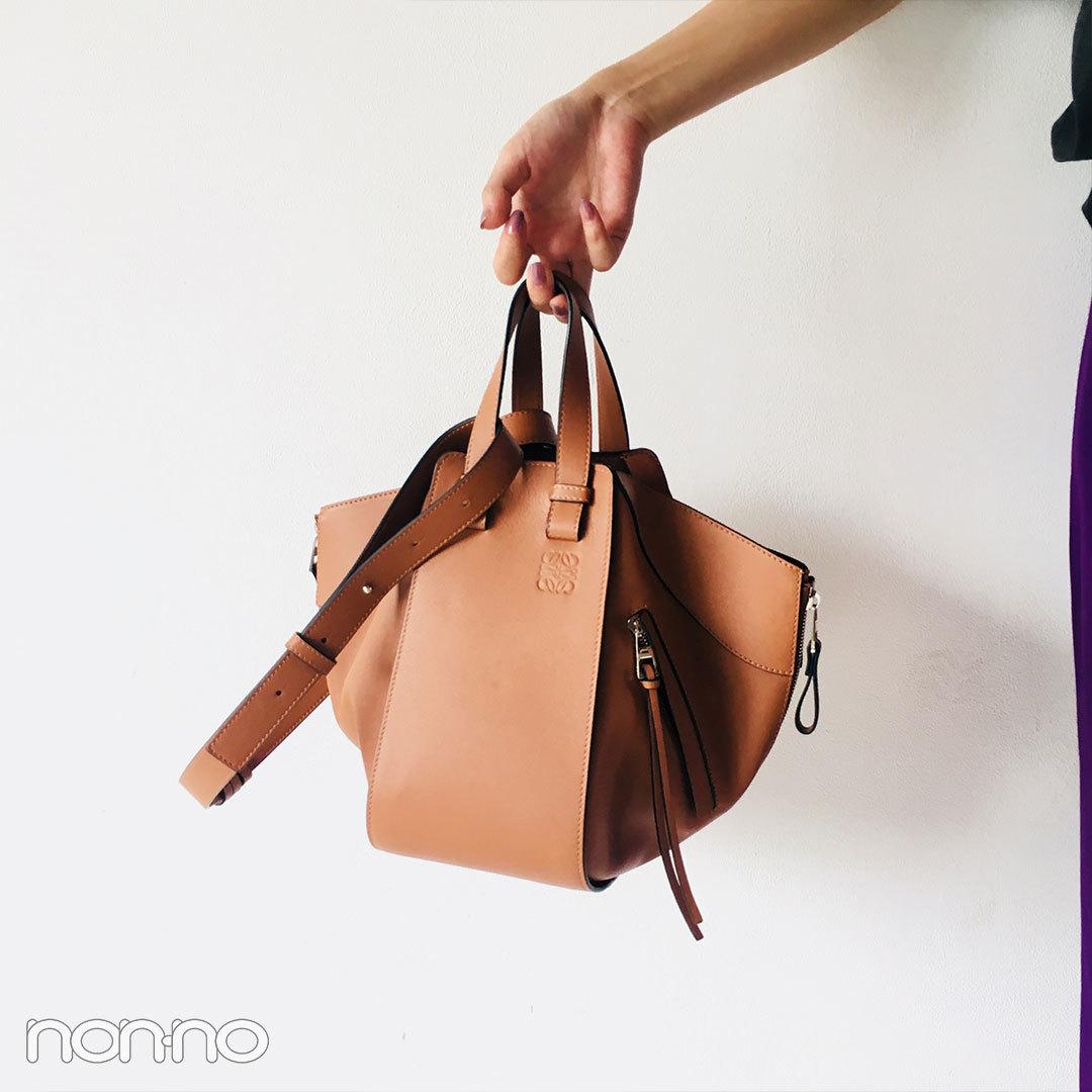 馬場ふみか、ロエベのバッグを自分への誕生日プレゼントに購入!【モデルの私服スナップ】_1_2-1