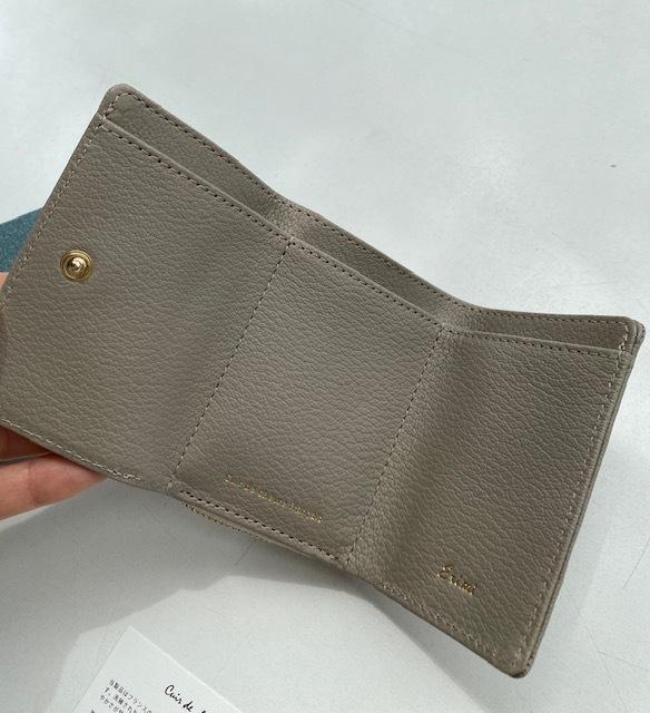 サイズもお値段も可愛い機能的なミニ財布_1_2