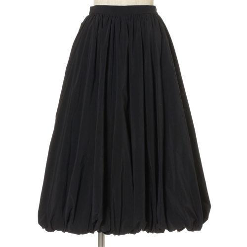 「SLOANE」のニット、「ELIN×éclat」のスカートで着映えるお出かけスタイルが簡単_1_3