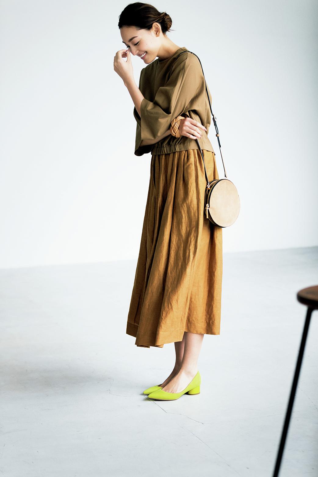 「足もとに色」が今年のトレンド! 春のおしゃれはきれい色の靴から_3_1-1