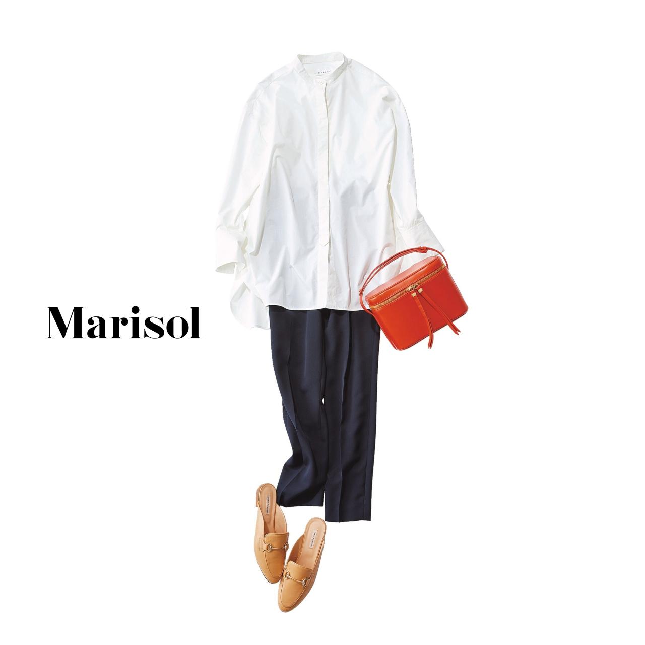 40代ファッション 白シャツ×ネイビーパンツコーデ