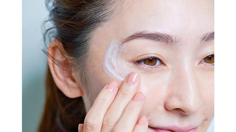 技③ 「敏感な日はミルク先づけで、プロテクト洗顔」