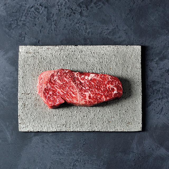 黒毛和牛熟  成肉(ロース)ステーキ用 200g ¥4,000
