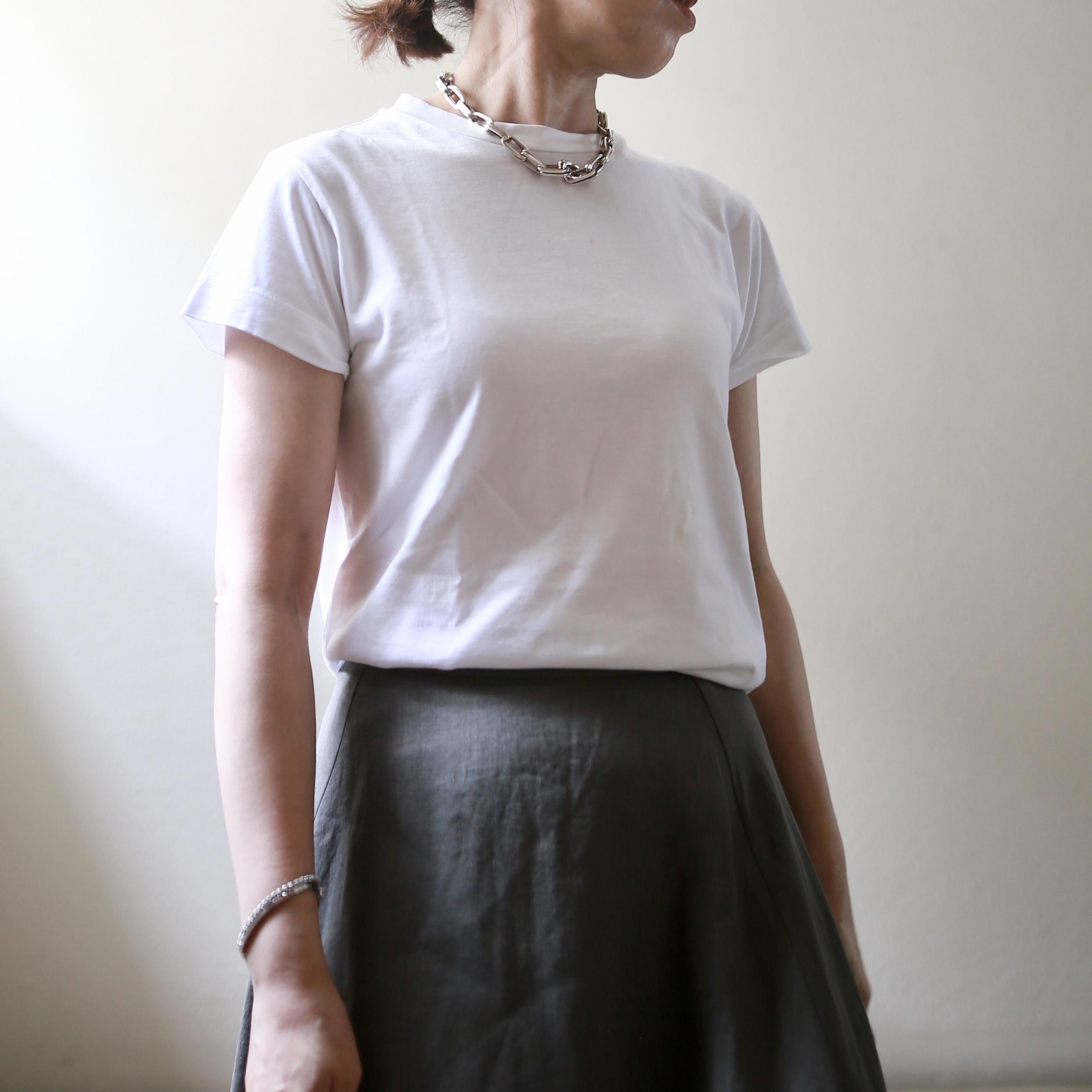 小柄コーデ Tシャツ madisonblue