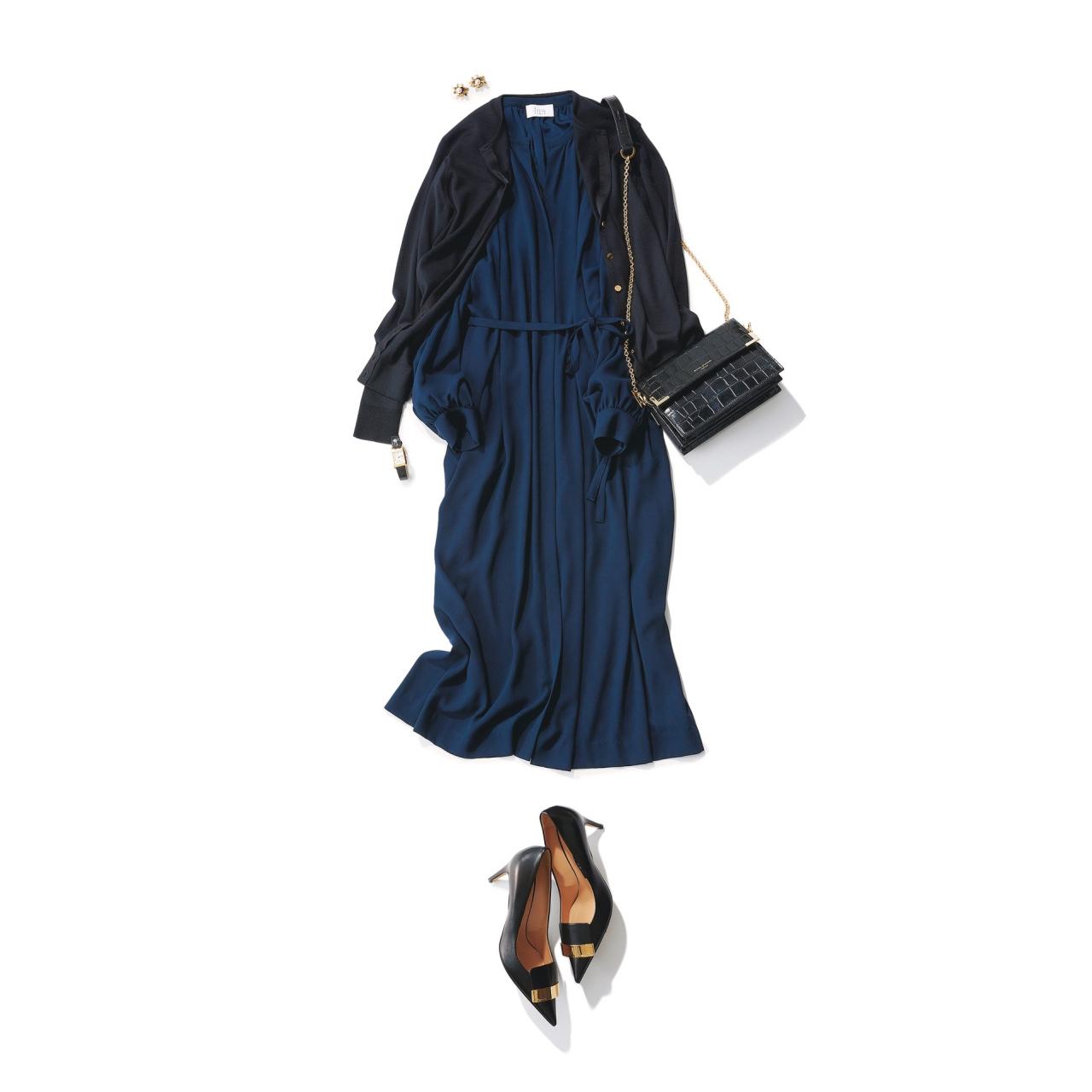 ネイビーワンピース×黒小物のファッションコーデ