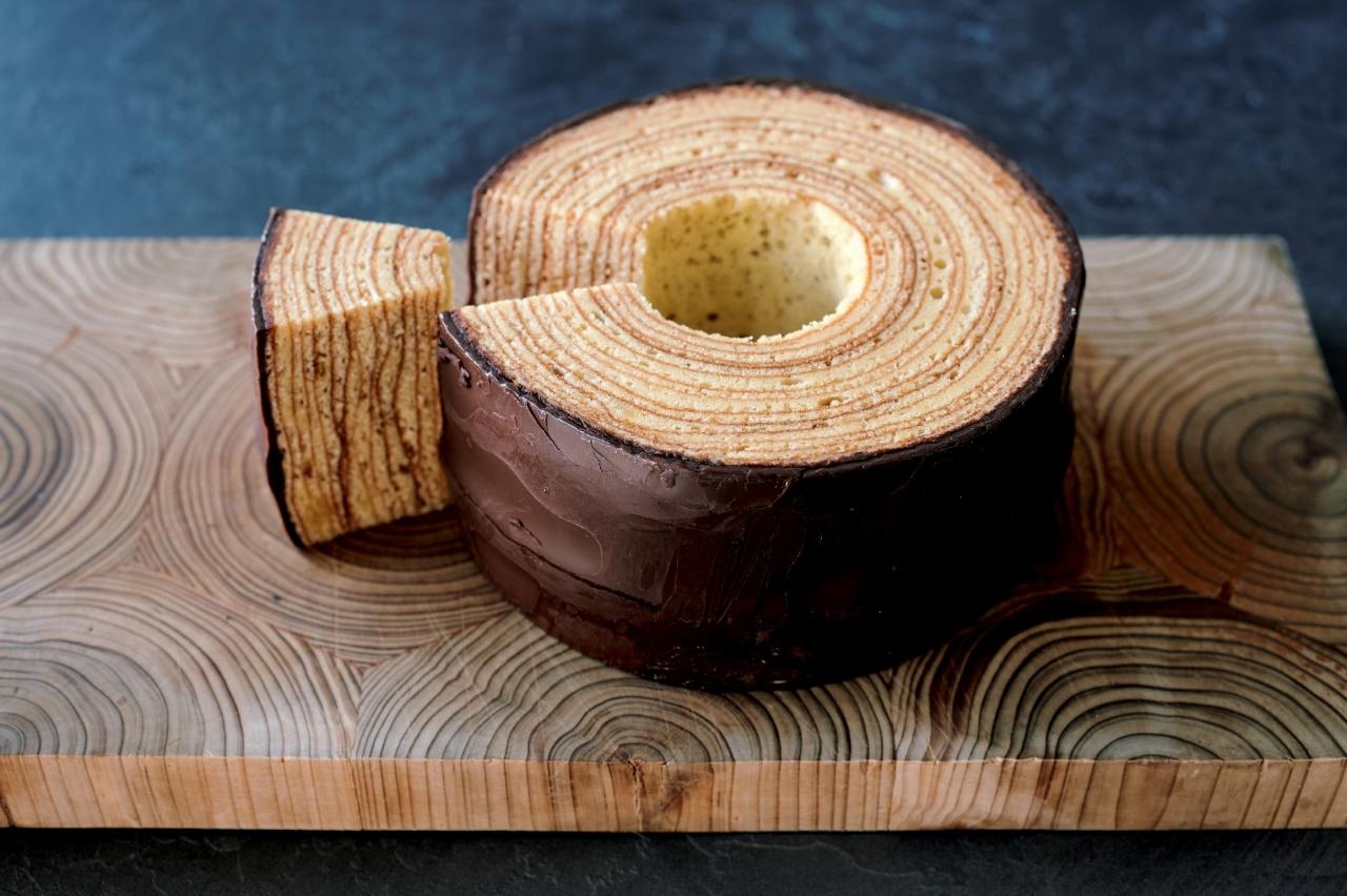 しっとりした食感 洋菓子工房 樫の木「バウムクーヘン」_1_1