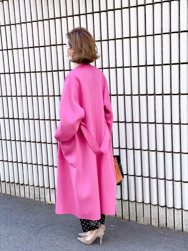 【アラフォーになってもピンクが好き❤︎】街で目を引く派手色コート_1_4