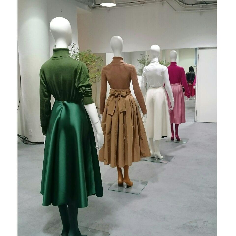 着ていると必ず褒められるスカート『SHE Tokyo』の2017AW新作展示会へ!_1_2