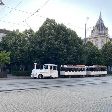 観光用バス