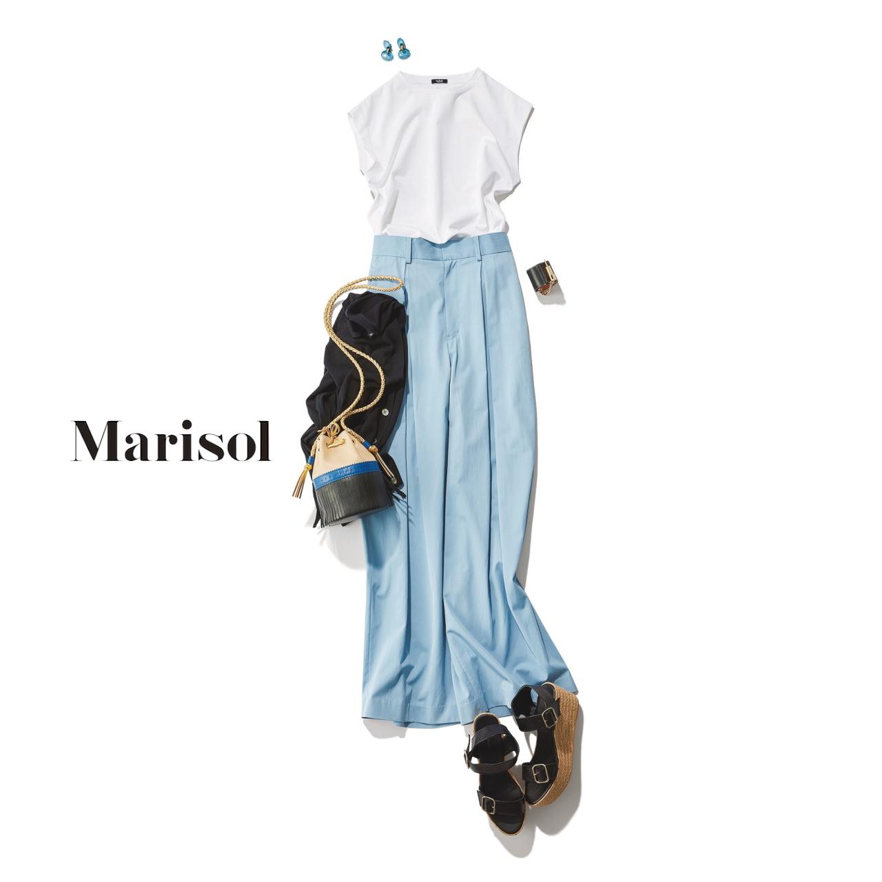 40代ファッション Tシャツ×タックパンツスカートコーデ