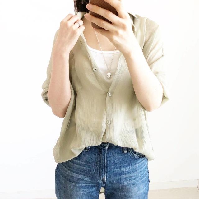 日除けや冷房対策に!今年の羽織りはカーデよりシアーシャツ【tomomiyuコーデ】_1_1