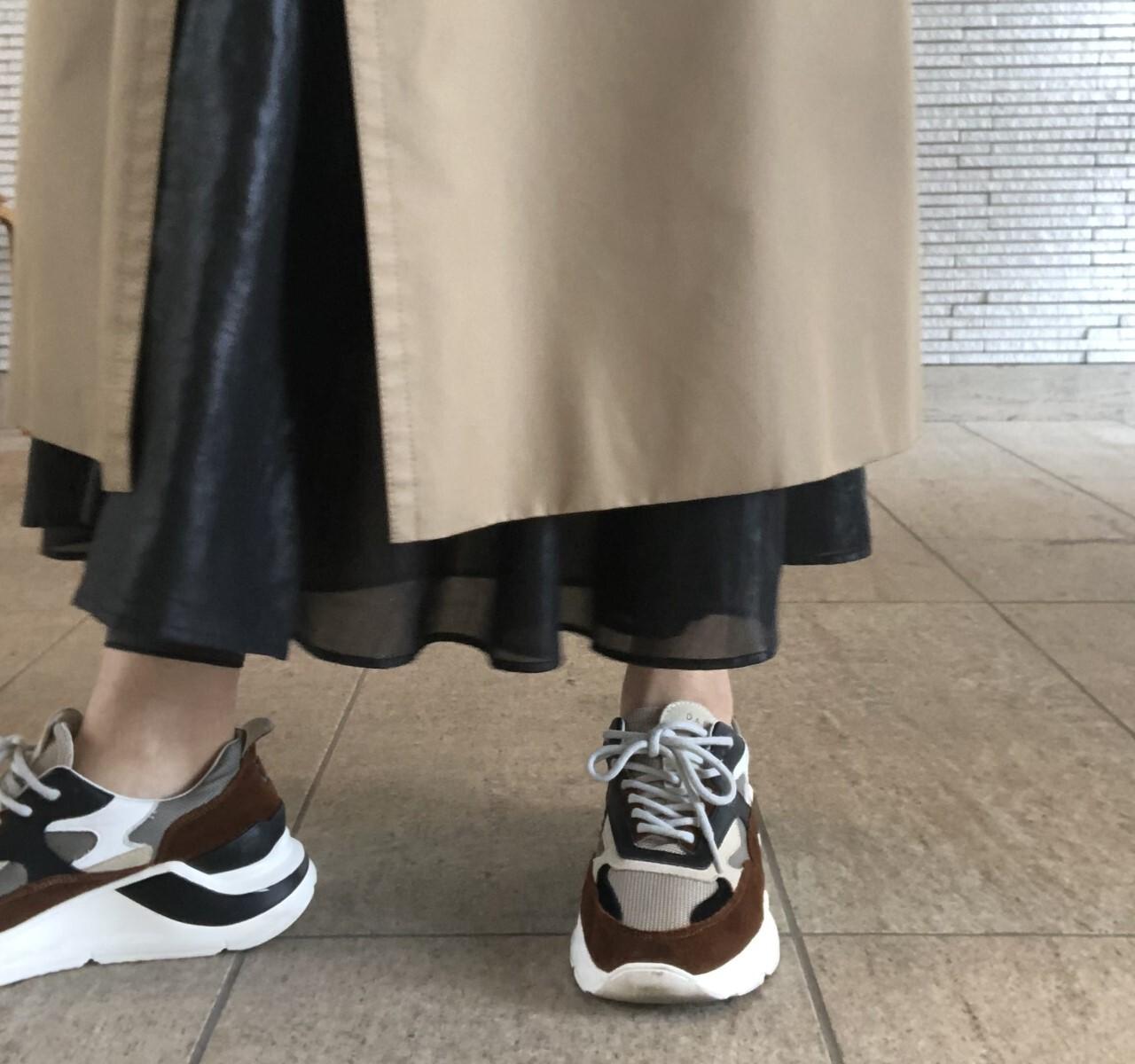 黒のロングスカートに黒レギンスを「こっそり」仕込む