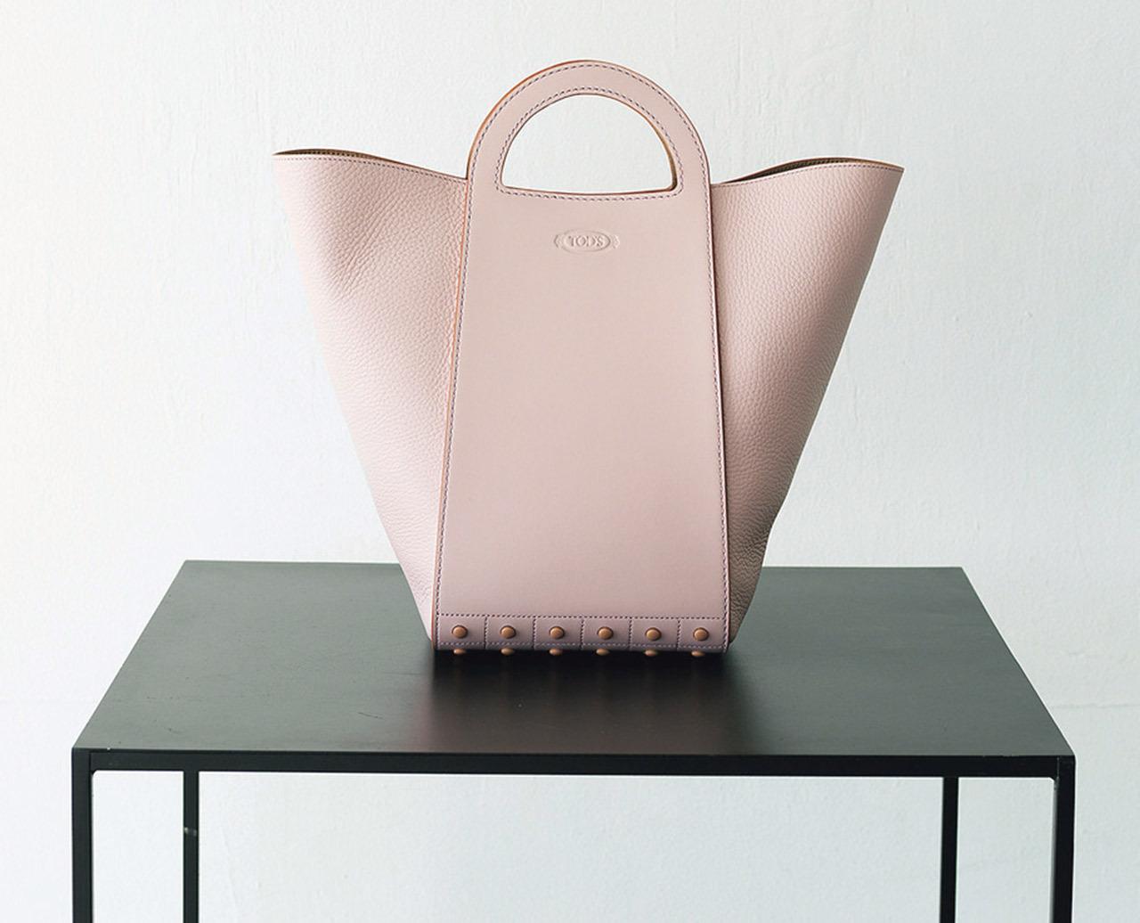トッズのショッピングバッグ