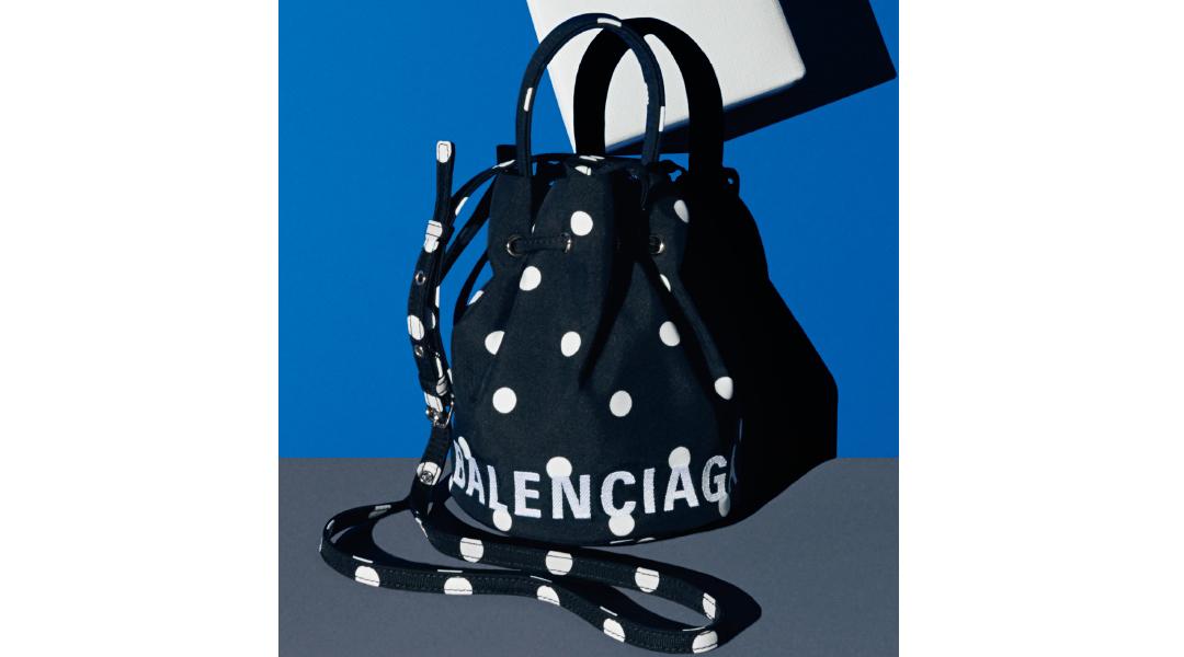 バレンシアガのバッグ&SLGをチェック!【Fashion Scoop!】_1_5