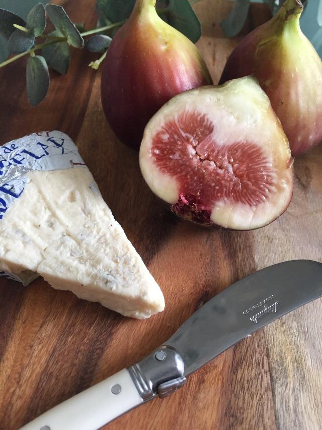 11月11日はチーズの日!チーズは太るは間違いです!!_1_3-3