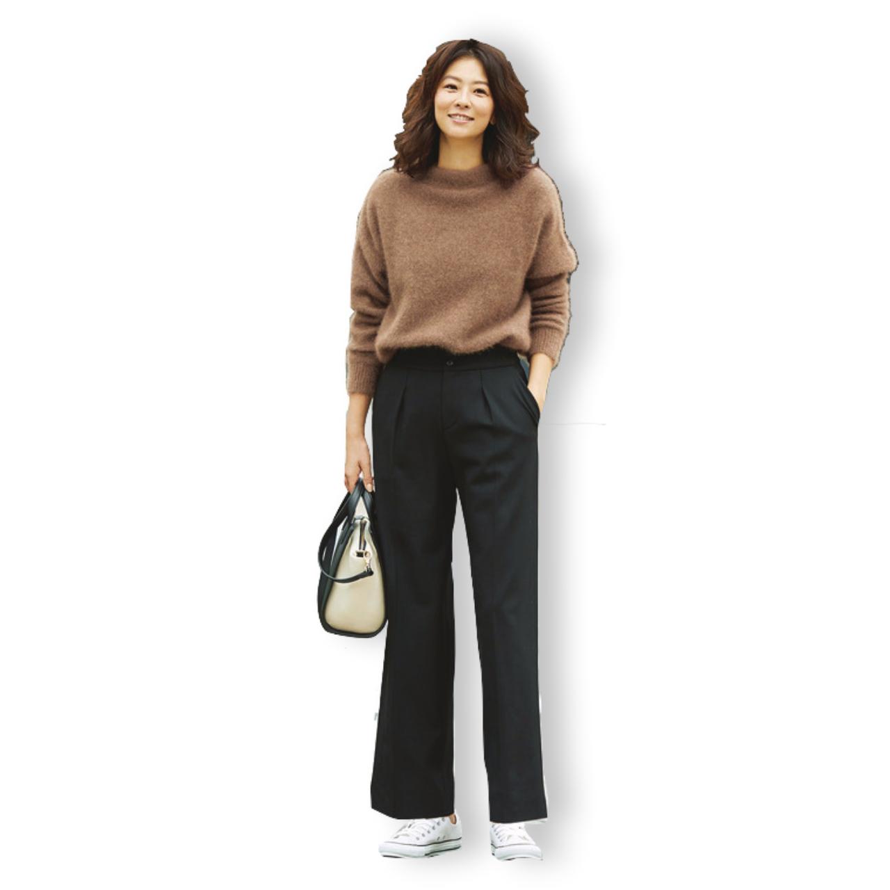 ファッション ブラウンニット×黒パンツコーデ