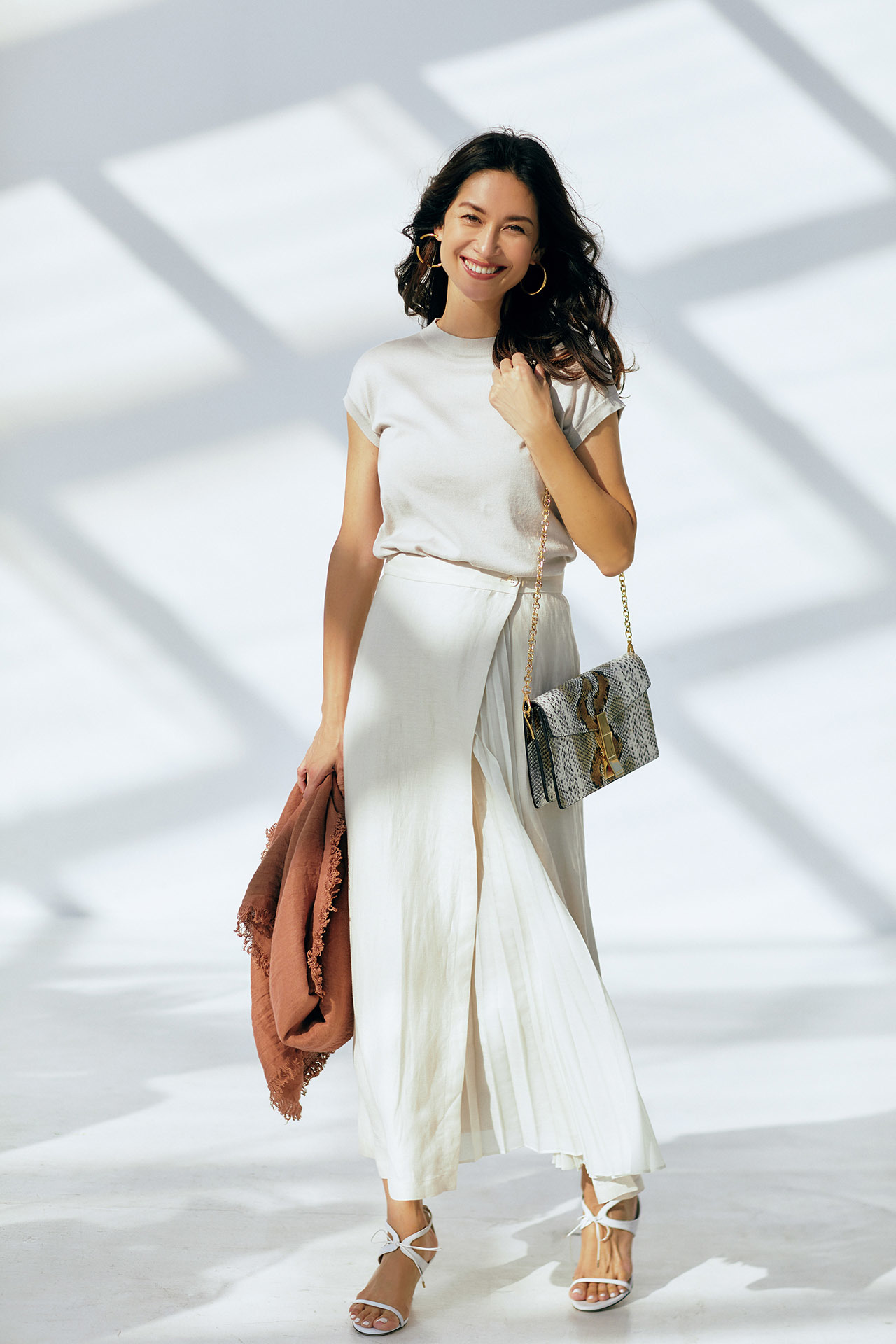 女らしさも、気分も上々。「しゃらりんスカート」で春が始まる 五選_1_1-3