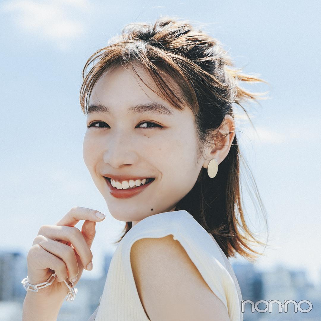 岡本夏美の「ゆるハーフおだんご」ヘアアレのモデルカット1