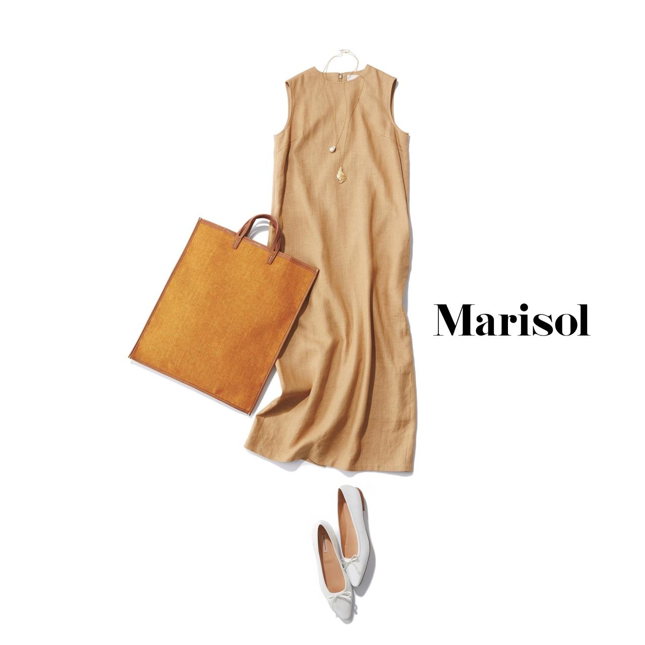 40代ファッション ベージュノースリーブワンピースコーデ