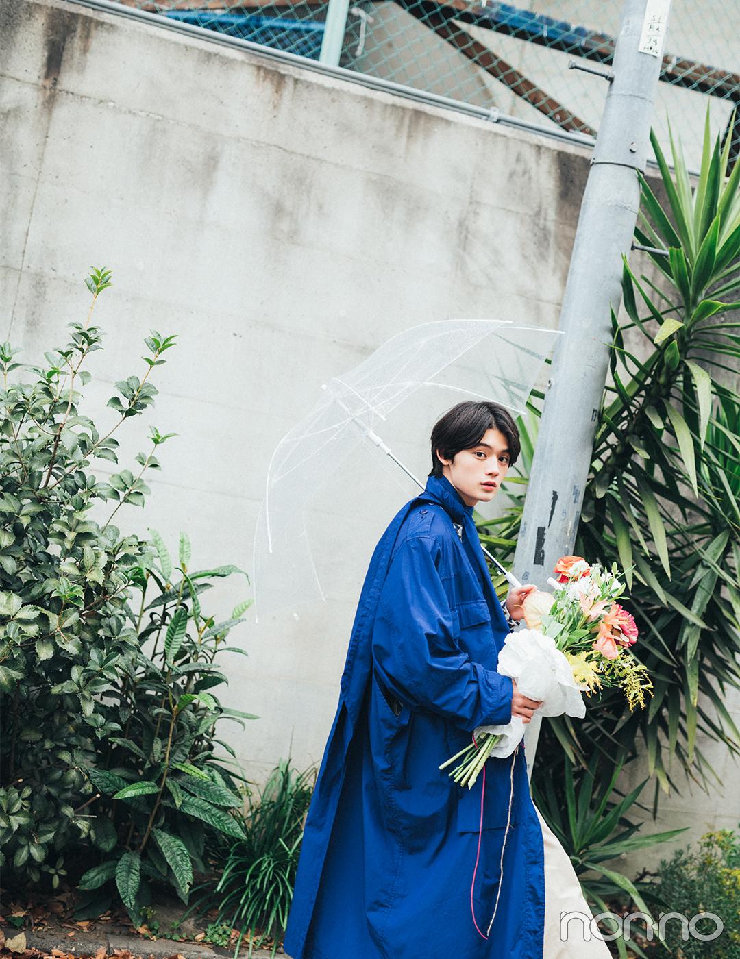 今月の彼氏。藤原大祐さんと2人で選んだ花束を持ってデートの続きを。