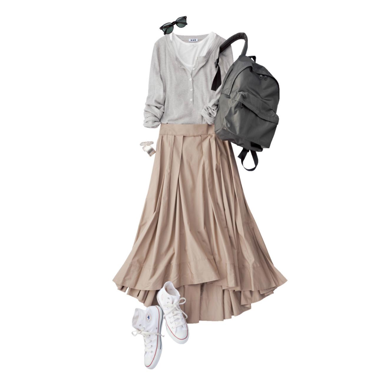 白コンバースのハイカットスニーカー×フレアスカート&リュックのファッションコーデ