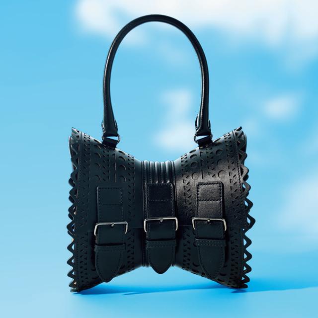 アライアの「コルセット バッグ」¥287,100