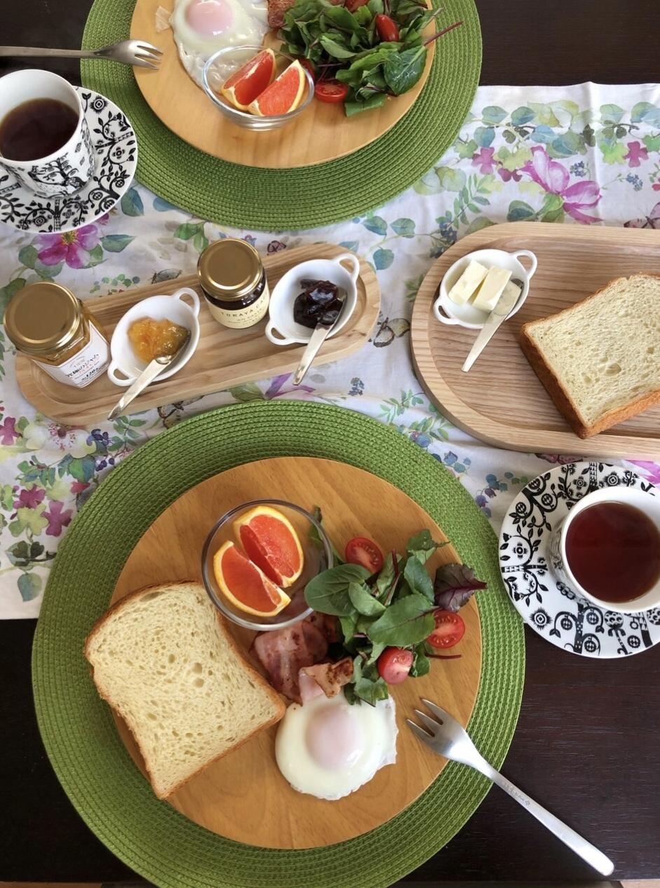 美味しい食パンで朝ごはん♪_1_1