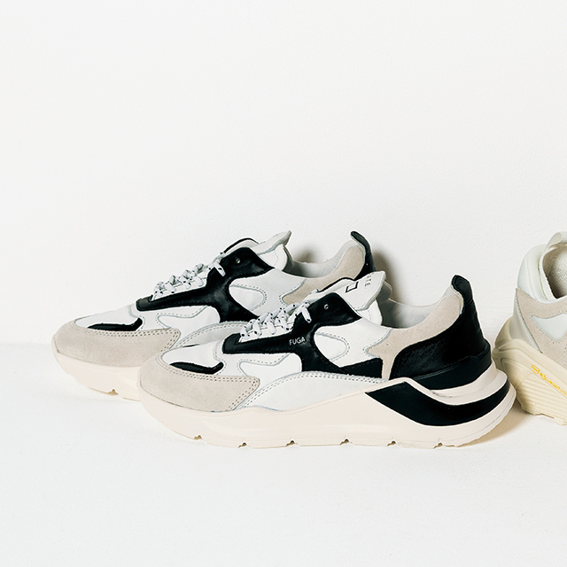 ★靴「FUGA」¥34,100(徳原文子×デイト)/以上エクラプレミアム通販