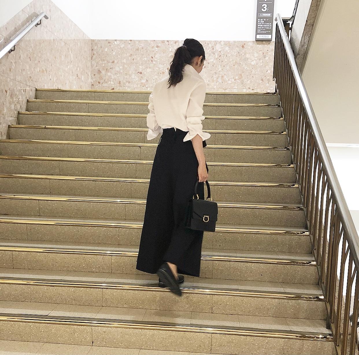 黒スカートで、新宿ビストロカフェへ♩_1_2