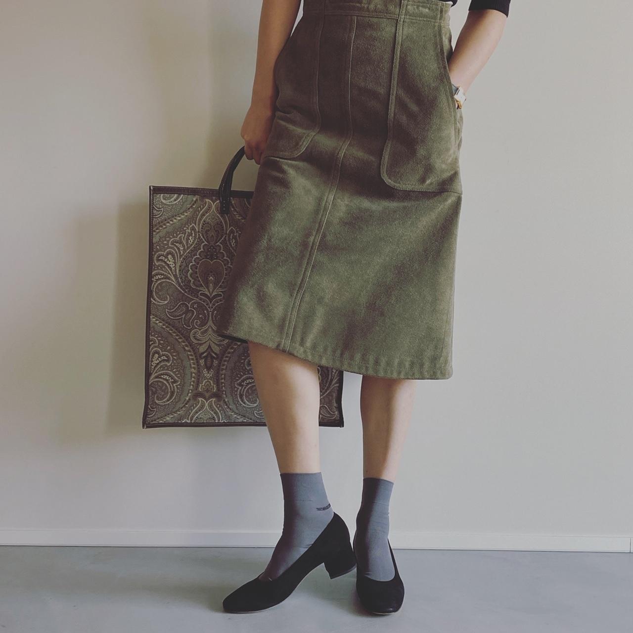 ソックス/THIRD MAGAZINE 靴/HEADING SOUTH スカート/MADISON BLUE バッグ/A VACATION