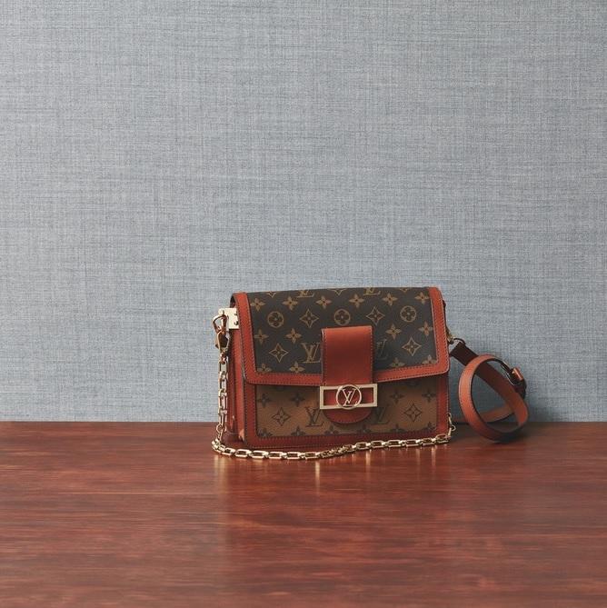 ファッション ルイ・ヴィトンのショルダーバッグ