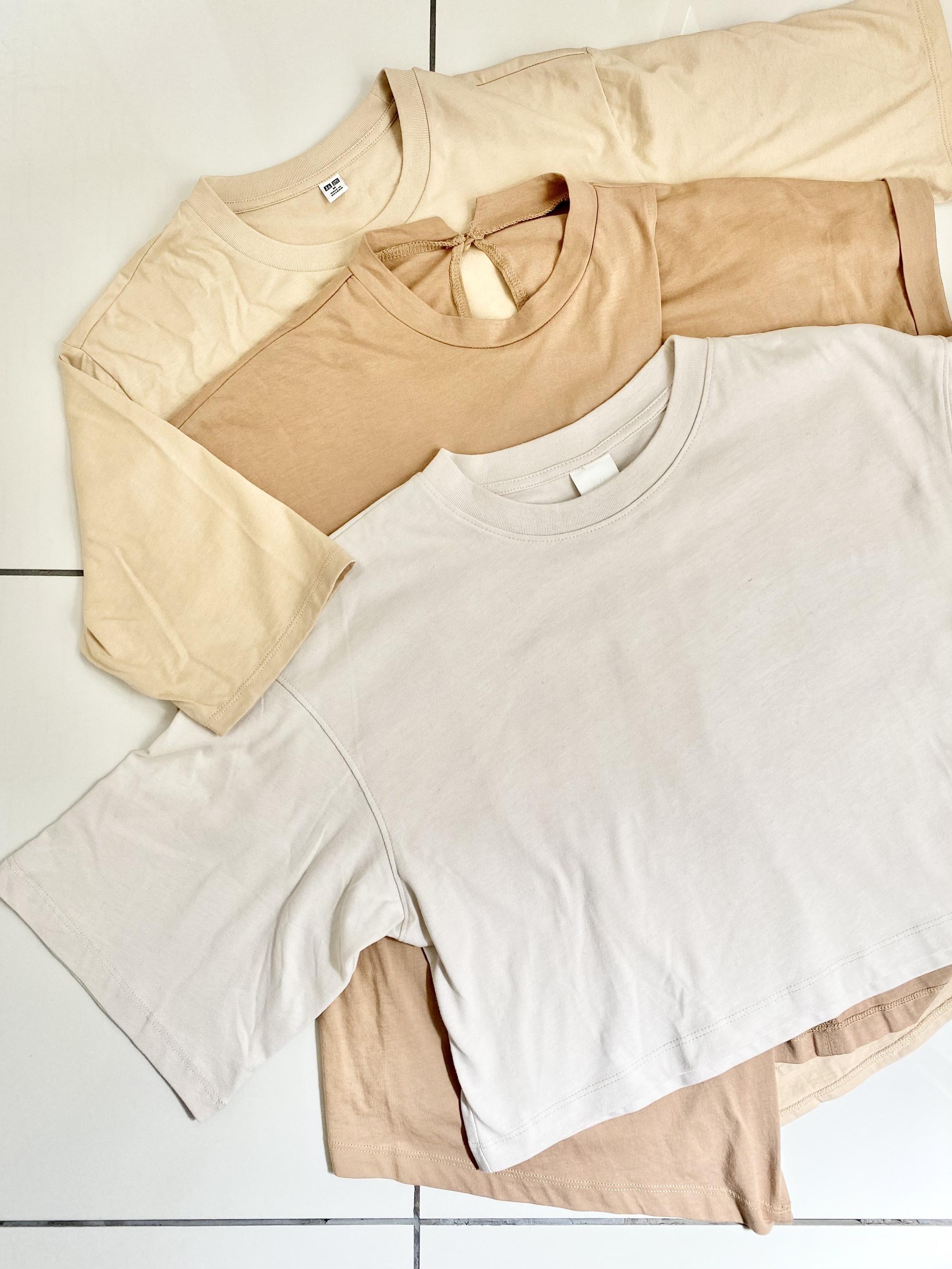 3種類のベージュTシャツ