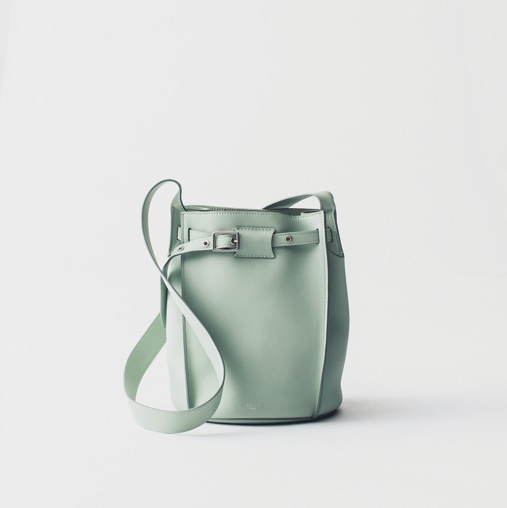 セリーヌのバケツ型バッグ