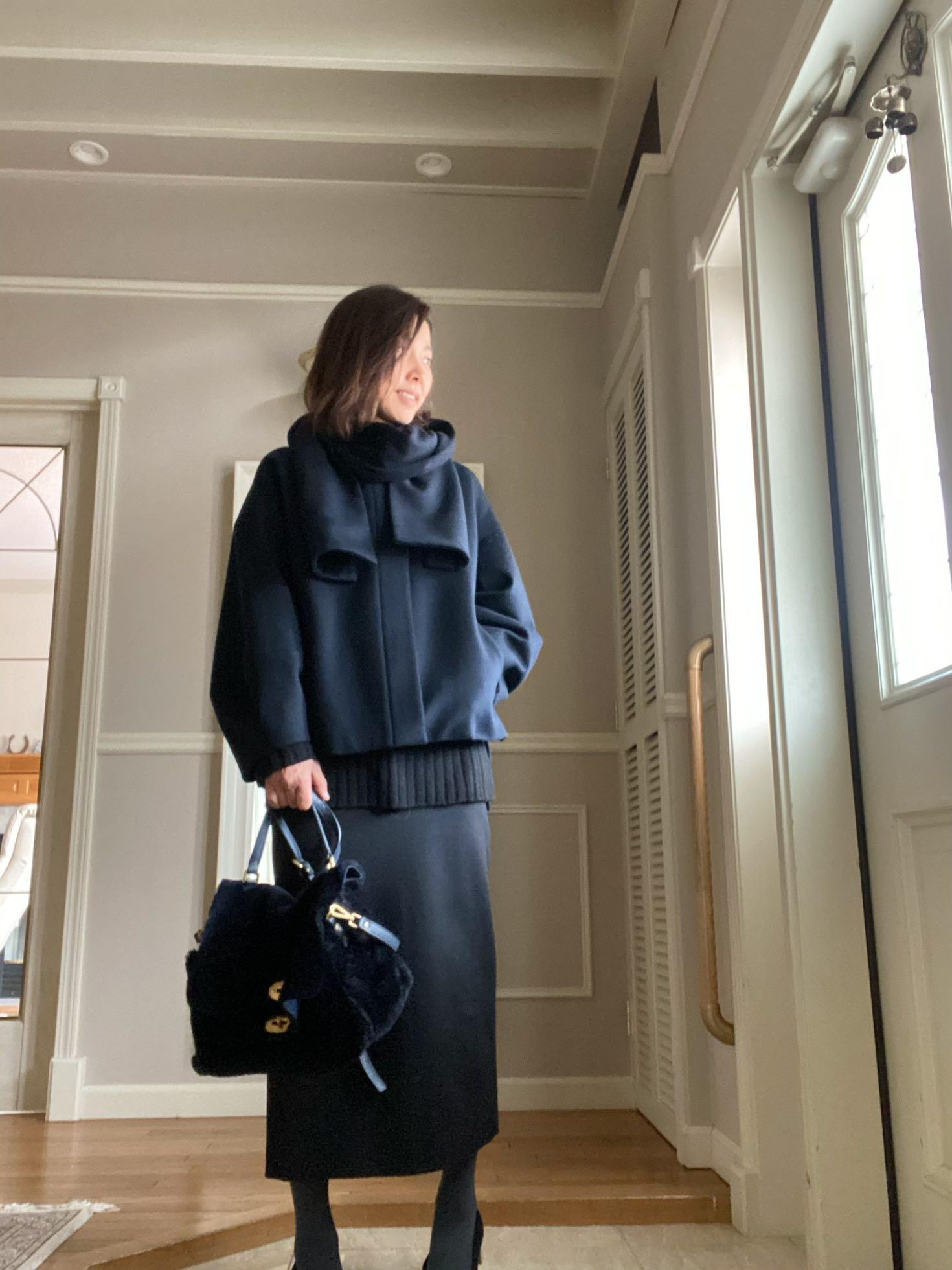 黒ロングタイトスカートとショートコート_1_4