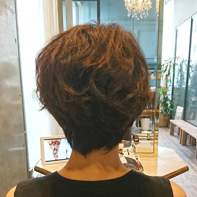 ショートヘアスタイルも季節に合わせて!_1_2-2