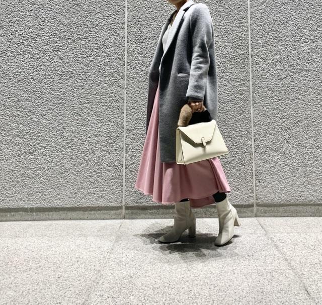 女子上がる大人ピンクのスカート _1_2