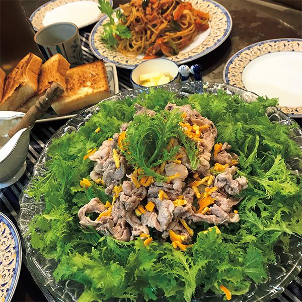 ビタミン豊富なわさび菜を、豚しゃぶと柑橘の香りでたっぷりと