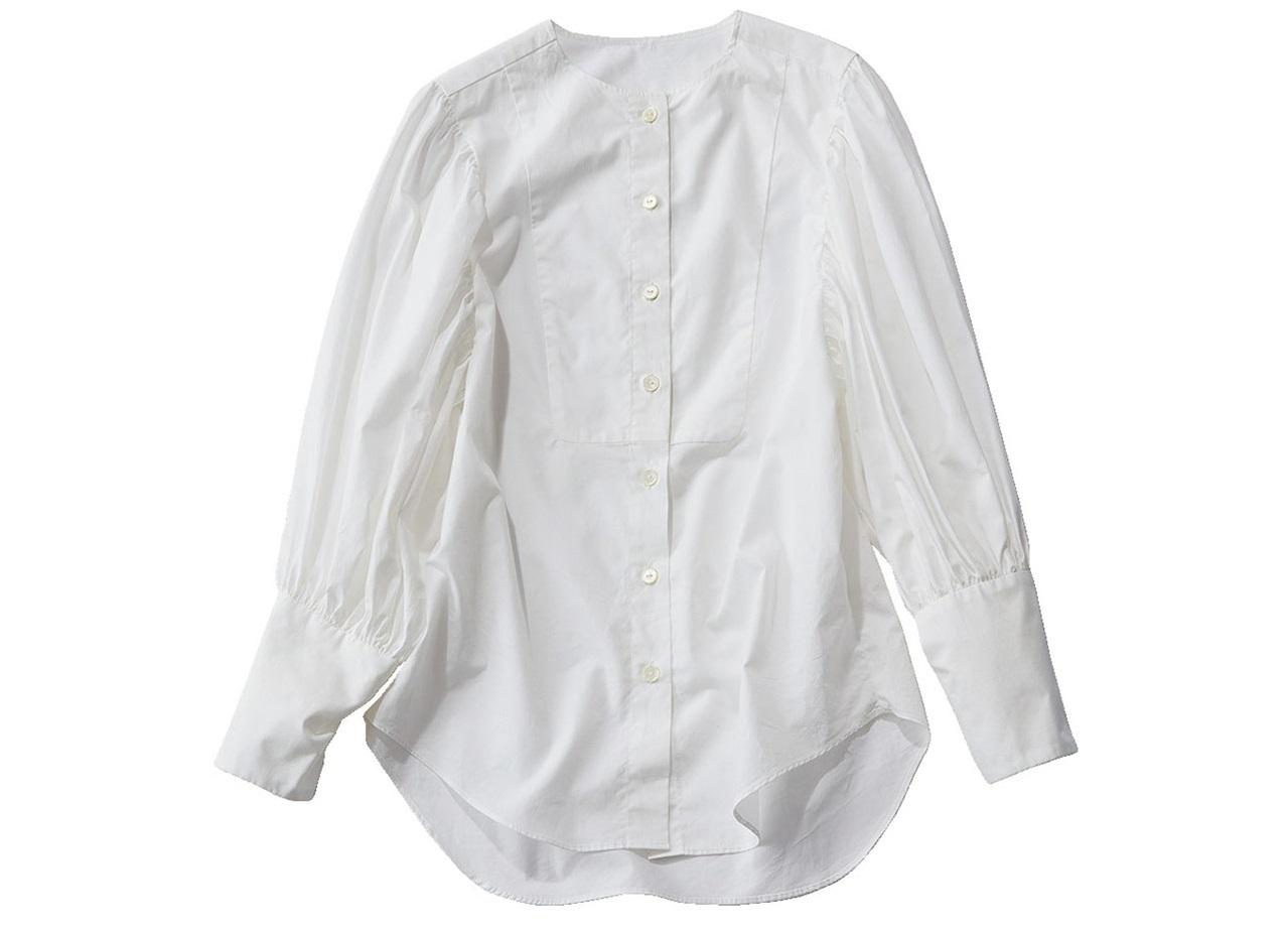 白いボリューム袖シャツ