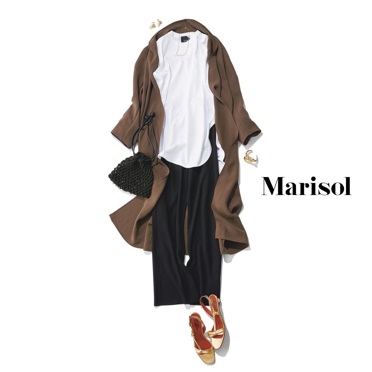 40代ファッション 白タンクトップ×ロングカーディガン×黒パンツコーデ