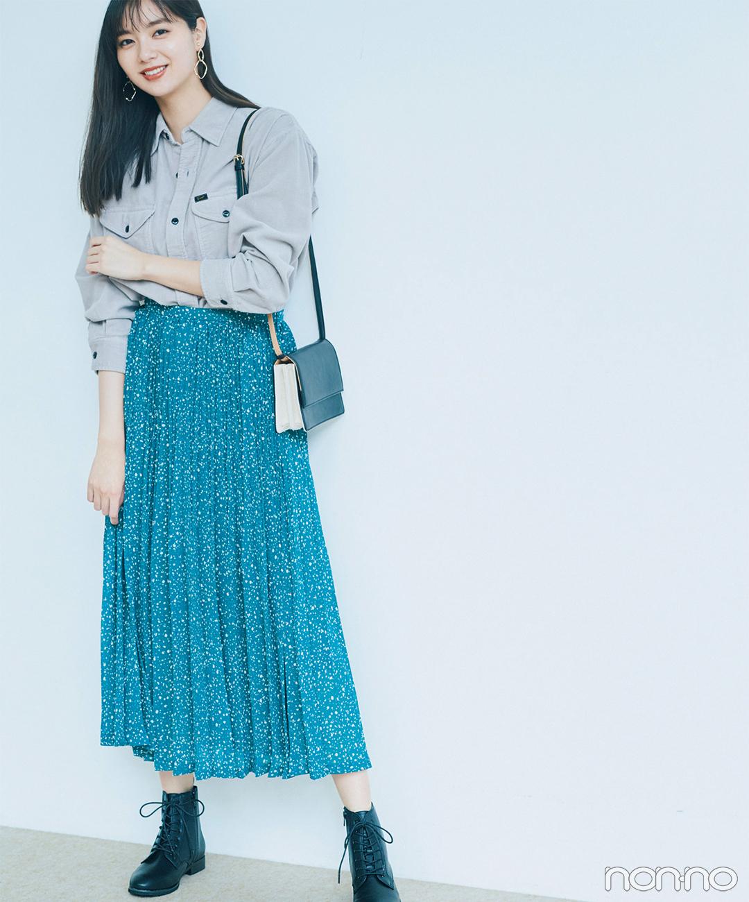 新川優愛はプリーツスカート+ブーツで甘辛ミックスコーデ【毎日コーデ】