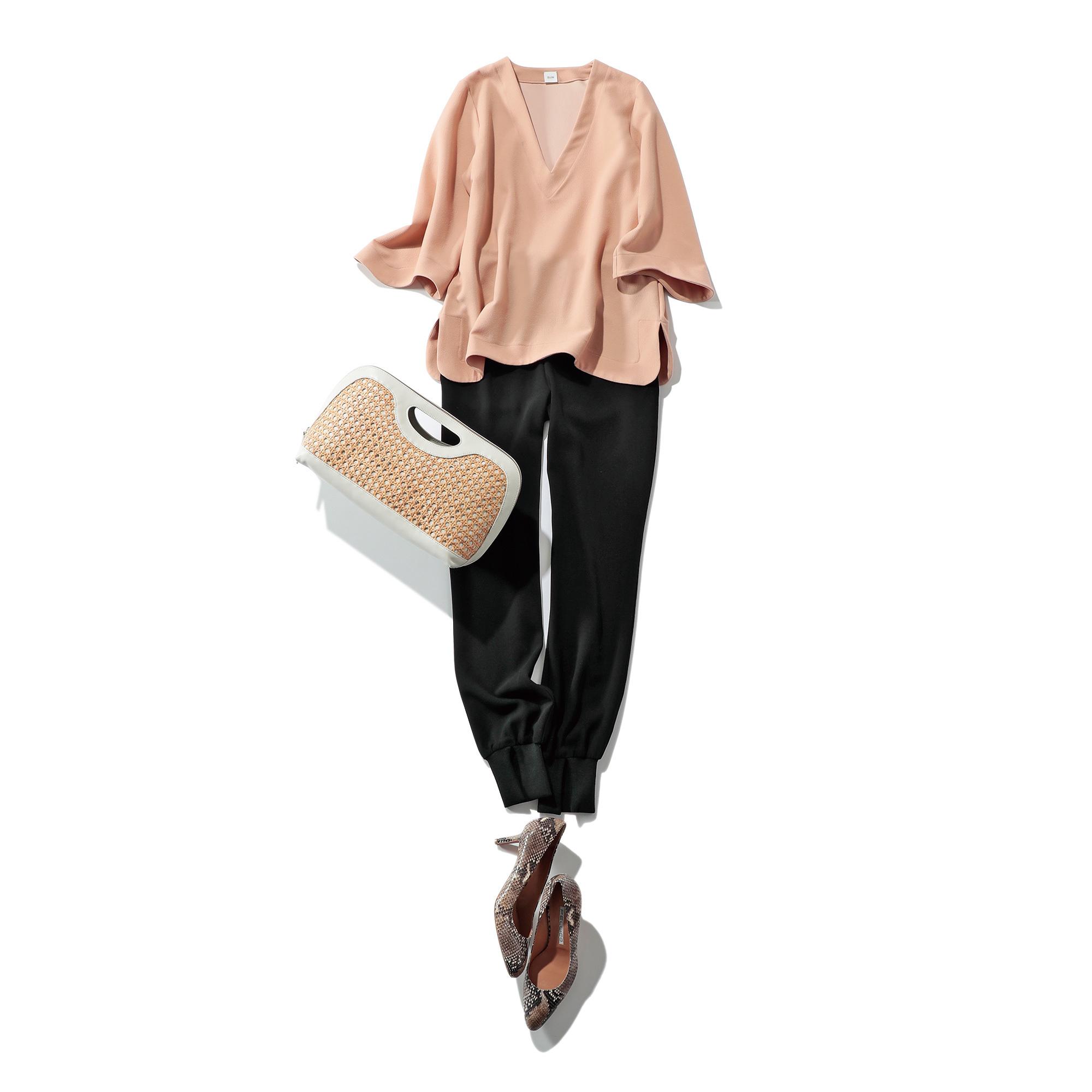 50代に似合うVネックプルオーバー×とろみスリットパンツ ファッションコーデ
