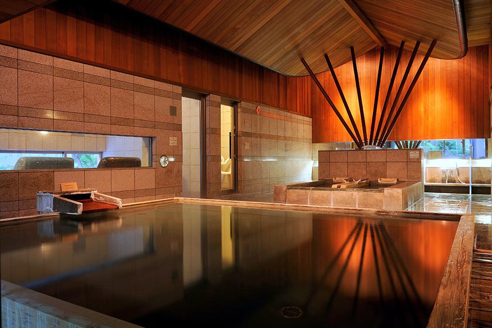 八種十三通りの湯浴みと信州ワインを楽しむ温泉宿「星野リゾート 界 松本」_1_2