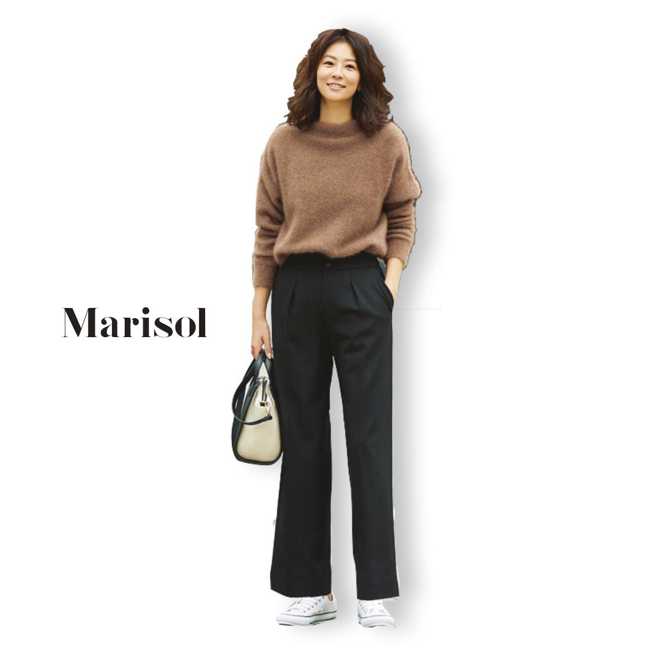 40代ファッション モヘアニット×黒パンツコーデ