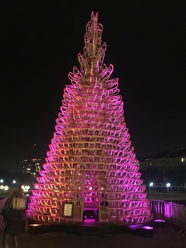 ウィーンのベルヴェデーレ宮殿のクリスマスマーケット_1_8
