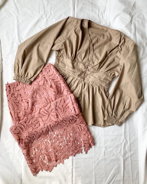 大人の春「ベージュ」コーデ②♪「ボリューム袖トップス」にも合います♡春にぴったりなくすみピンクも◎!