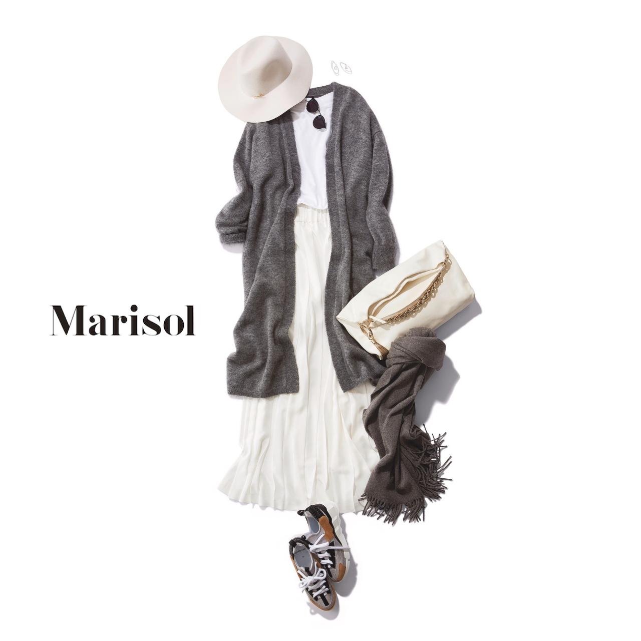 40代ファッション 白Tシャツ×白スカート×グレーロングカーディガンコーデ
