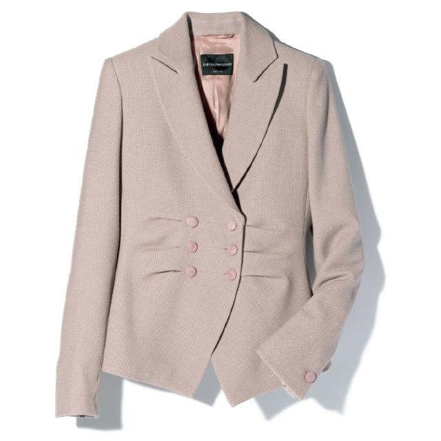 華やかなピンクのアルマーニのジャケット